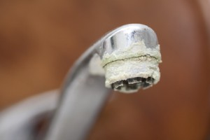 Verkalkter Wasserhahn